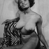1940 Ebony Xxx